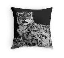 Snow King - snow leopard Throw Pillow