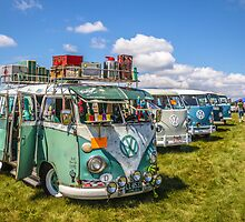 VW busses wide version by Tony  Bazidlo