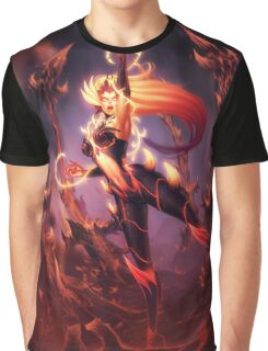 Zyra Graphic T-Shirt