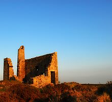 Cornish Engine house by stevieuk