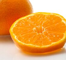 A slice of mandarin by TOM KLAUSZ