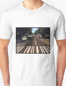 Blank Abbey road - no beatles Unisex T-Shirt