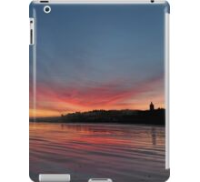 Sunrise over the beach at St Andrews, Scotland iPad Case/Skin