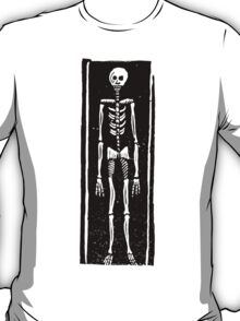 Late Medieval Woodcut of Skeleton in Coffin T-Shirt