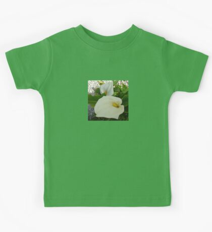 Overhead View Of Two Calla Lilies In A Garden Kids Tee