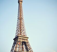 Eiffel Tower by lecielnoblesse