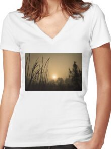 Field Beauty Women's Fitted V-Neck T-Shirt