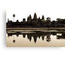 Angkor Wat at dawn Canvas Print