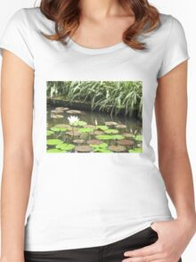 Balinese Lotus Pond green and tranquil Women's Fitted Scoop T-Shirt
