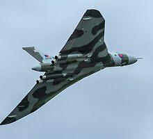 Avro Vulcan B2 by PhilEAF92