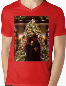 Caskett Christmas Mens V-Neck T-Shirt