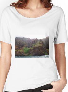 Rugged Na Pali Coast and Mountains on Kauai - Hawaii Women's Relaxed Fit T-Shirt