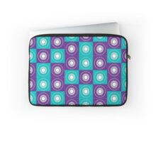 Retro Flower Patch Print Laptop Sleeve