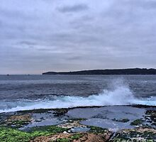 Sunrise at La Perouse 22.12.13 by James Toh