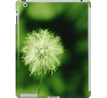 Attractive flower!! iPad Case/Skin