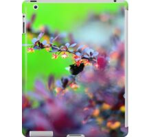 Switzerland bumble iPad Case/Skin