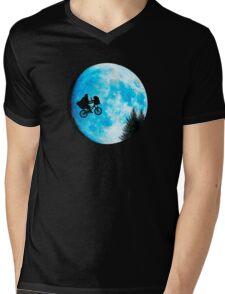 ET Mens V-Neck T-Shirt