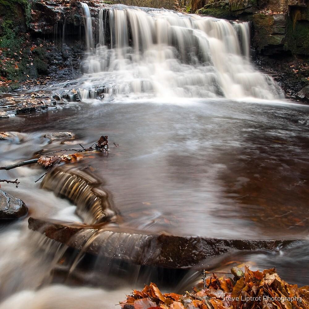 Roddlesworth waterfall by Steve  Liptrot
