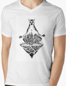 Lemur Mens V-Neck T-Shirt
