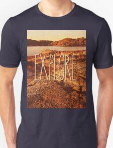 Explore Seaside Rocks Sunset Vintage Bay Adventure T-Shirt