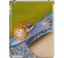 Slimy snail needs love  iPad Case/Skin