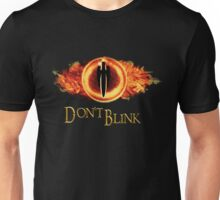 Sauron, don't blink Unisex T-Shirt