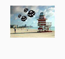 Aliens invade Miami Beach Unisex T-Shirt