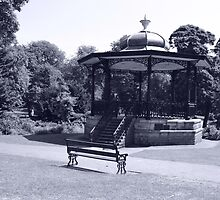 Band Stand by picview