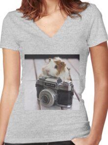 Guinea photographer Women's Fitted V-Neck T-Shirt