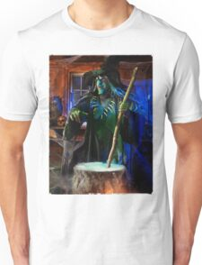 Scary Old Witch with a Cauldron T-shirt design Unisex T-Shirt