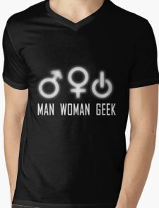 Geek  Mens V-Neck T-Shirt