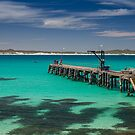 Vivonne Bay, Kangaroo Island by 16images