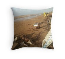 Clean up Instow Throw Pillow