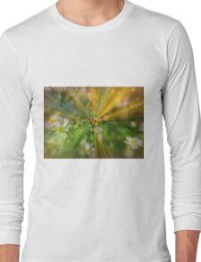 Bee in worderland Long Sleeve T-Shirt
