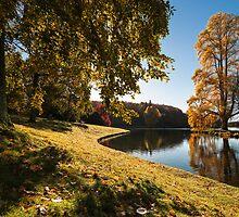 Stourhead Lake by Gary Clark