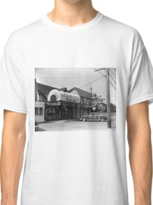 Monty's Spare Ribs Restaurant Classic T-Shirt