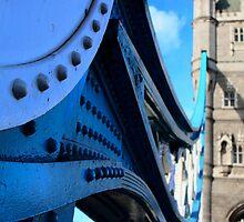 Tower Bridge by chaucheong