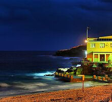 Coogee Surf Life Saving Club by andreisky