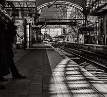 Half past rush hour by tomsphotography