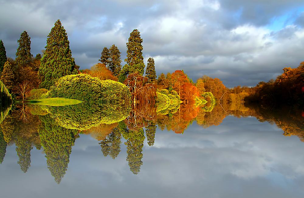 A Hint of Autumn by fernblacker