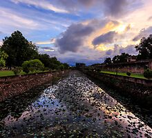 Sunset in Hue, Vietnam by thewaxmuseum