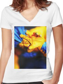 GRAB Women's Fitted V-Neck T-Shirt