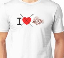 I love spear lionfish Unisex T-Shirt
