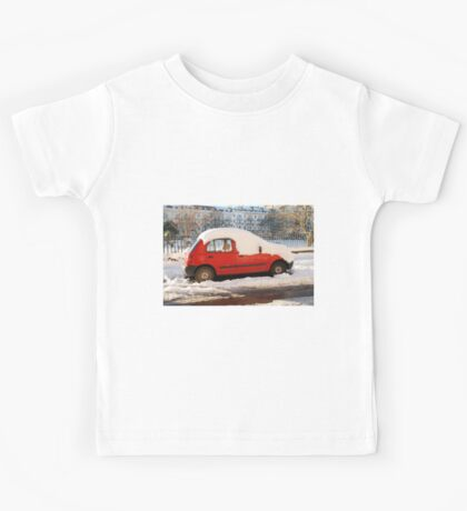 Red car in the snow Kids Tee