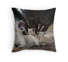 Lioness and cubs Throw Pillow