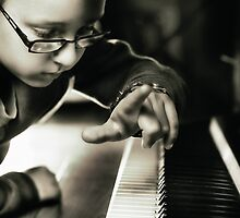 The pianist by Melanie Collette