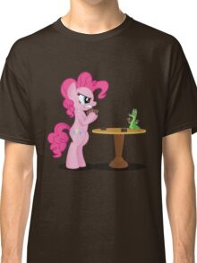 Pinkie Pie and Gummy Play Magic Shirt (My Little Pony: Friendship is Magic) Classic T-Shirt