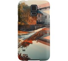 The river, a country house and reflections | waterscape photography Samsung Galaxy Case/Skin