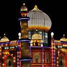 Silk Taj Mahal by Eileen Brymer