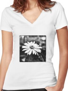 Tiny Flower in Black/White Women's Fitted V-Neck T-Shirt